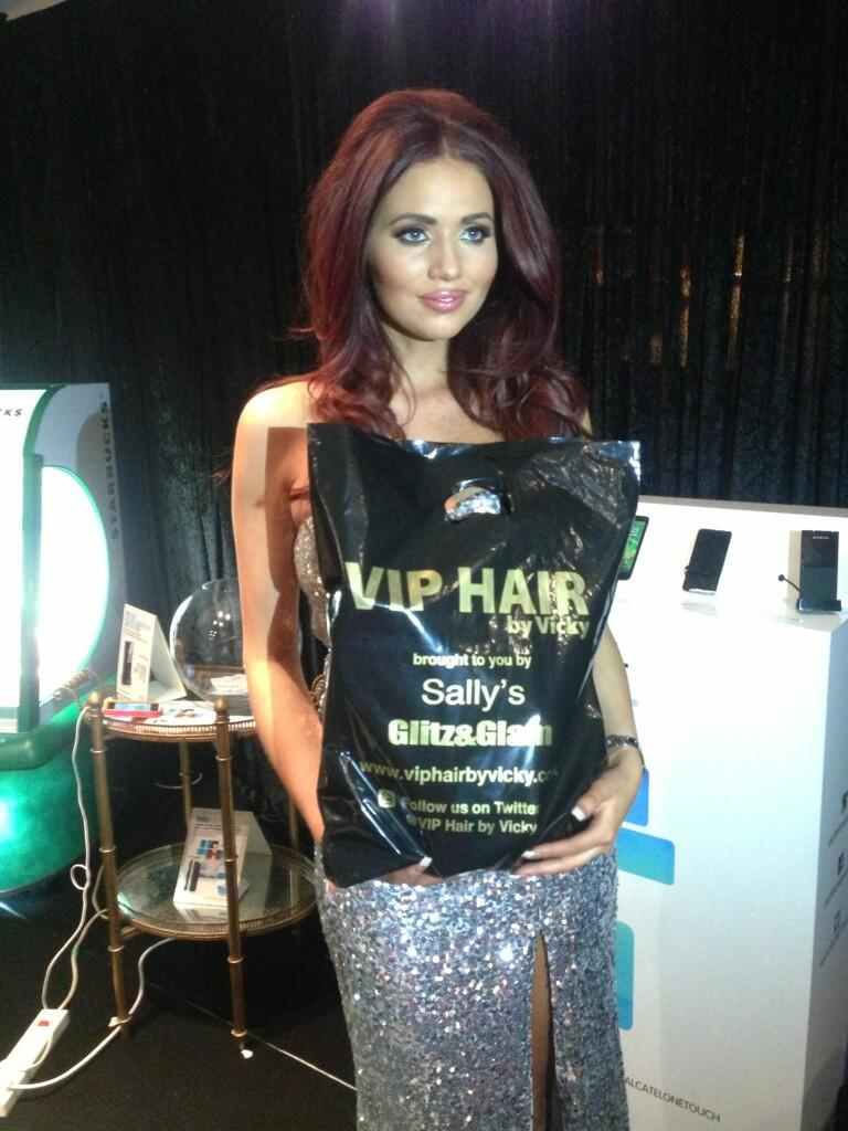 RT @wwwglitzglam: The gorgeous @MissAmyChilds with her @viphairbyvicky goodies today at the #clothesshow @VickyGShore http://t.co/56De3pyZ5i