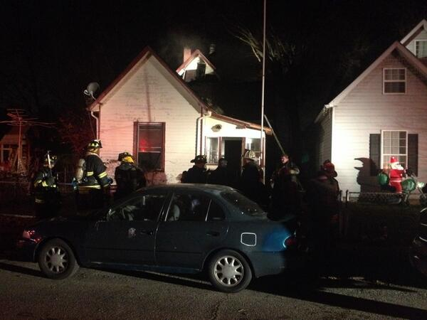 House fire at 310 S.Harris Ave. No injuries. @IFD_NEWS says chimney or wood-burning stove fire likely to blame . http://t.co/mcSV48uyuu