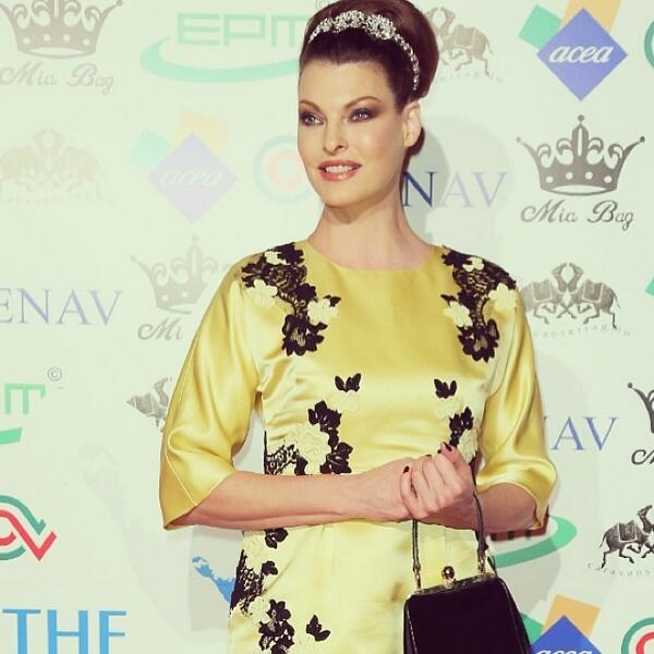81177930c9 linda evangelista wearinghead to toe dolceampgabbana to the the children  for peace benefitgala in rome on