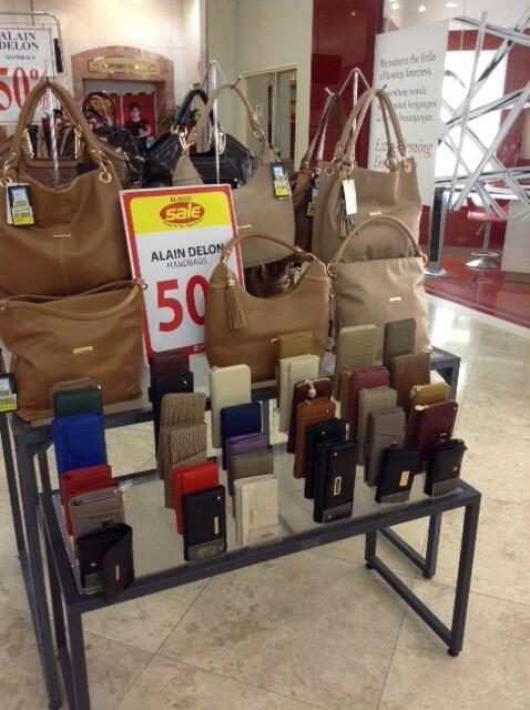 Sogo Malaysia On Twitter 50 Off Alain Delon Handbags And Purses At Beauty Arcade Gf T Co Bikuyfcuhm
