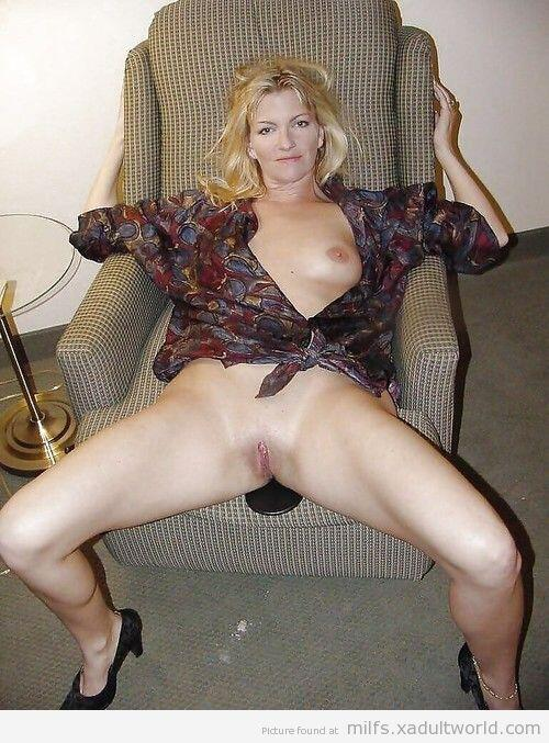 mature mom fucking younger