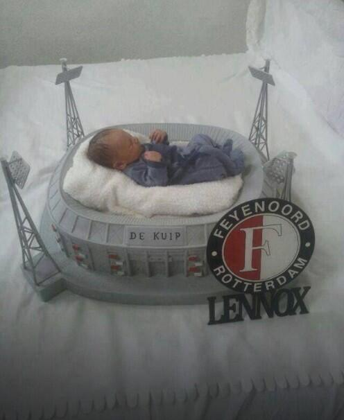 A Feyenoord fan has build a mini De Kuip stadium for his baby to lie in [Picture]