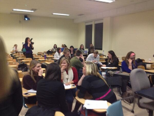 The hands-on consulting session is underway! #PSUsocialpros http://t.co/I6htCm26ic