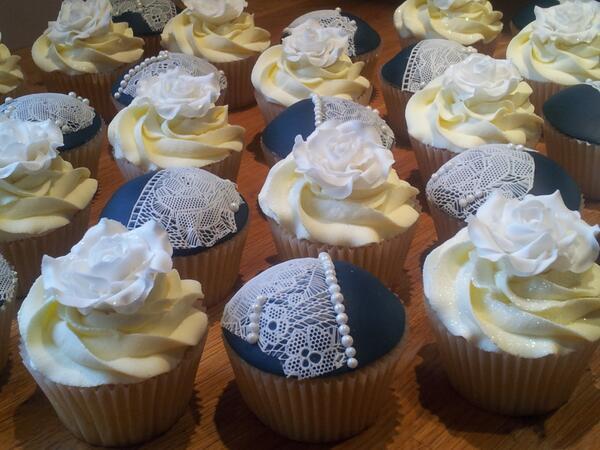 Wedding cupcakes #vintage #lace