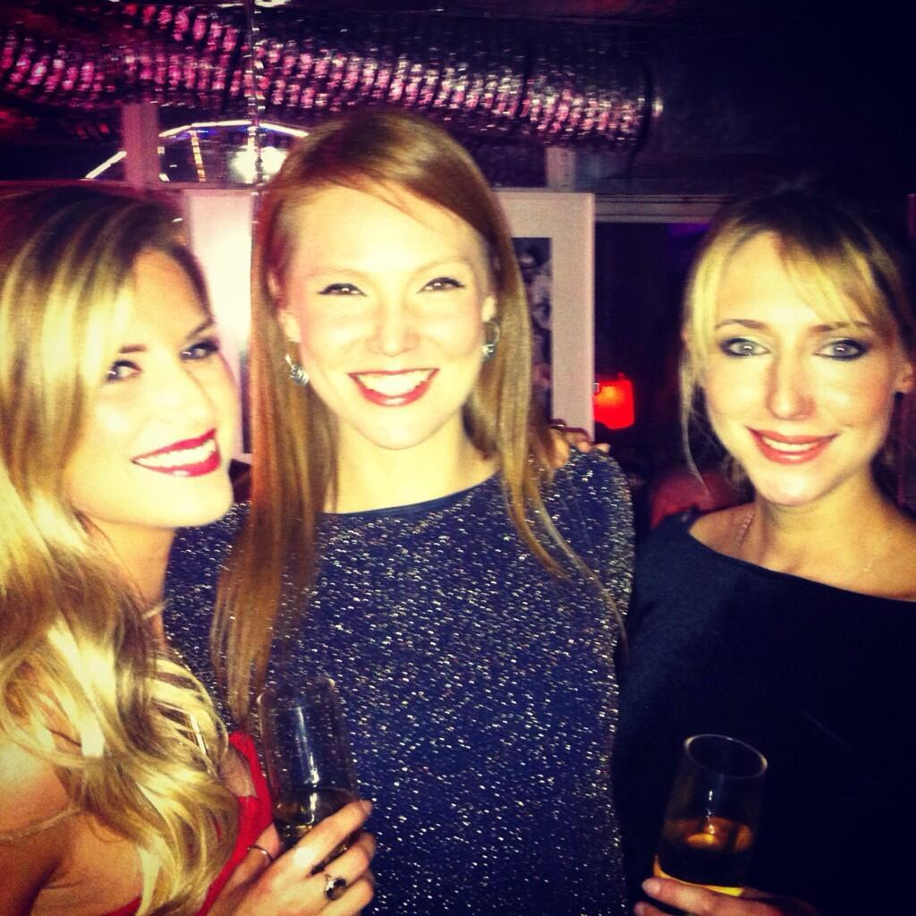 RT @sarahjaynedunn: @Hughes_Polly @styleforstroke @alibastian @nickede such a good night xxxxxx http://t.co/IUbS0ueYm2