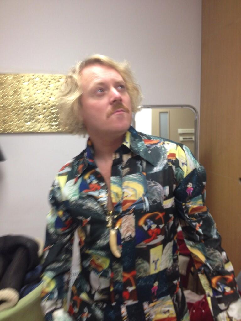 """@lemontwittor: Shirt http://t.co/I3Q5CH1bQp"" ... Oh that's what it is."