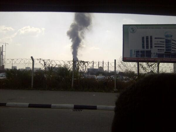 """Felt dt xplosion here. Wit d whole buildn shakin""""@Sweetchiommy: Nnpc Abuja is on fire http://t.co/fCT9KmMaRX"""""""
