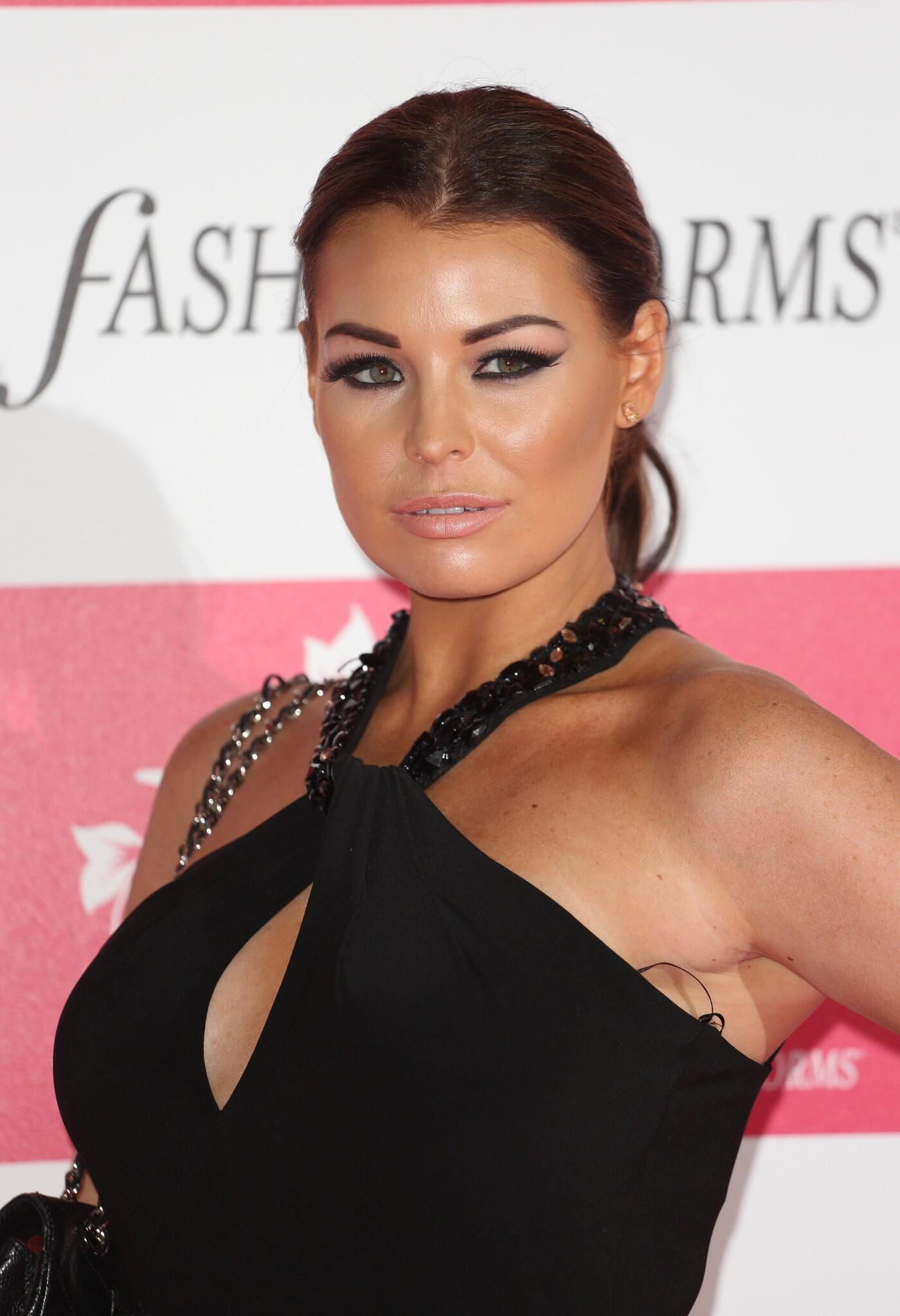 RT @Lukehill1999: [UNSEEN] @MissJessWright_ at an event last night http://t.co/gQPeQah5xW""