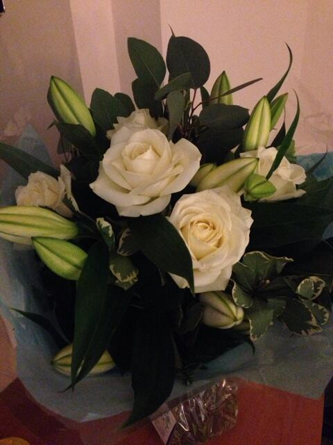 Lovely surprise tonight waiting for me... :-) http://t.co/IND3MIRt1O
