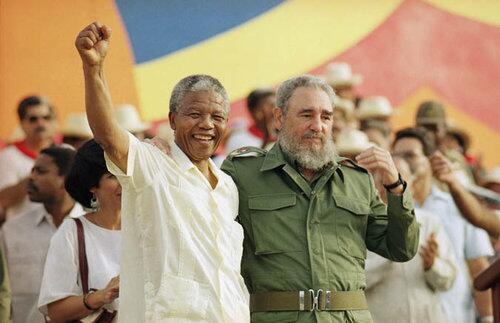 Fidel articulou a libertação d Mandela nas negociações de paz em Angola, onde Cuba combateu mercenários/Africa do Sul http://t.co/8mk61Bu49M