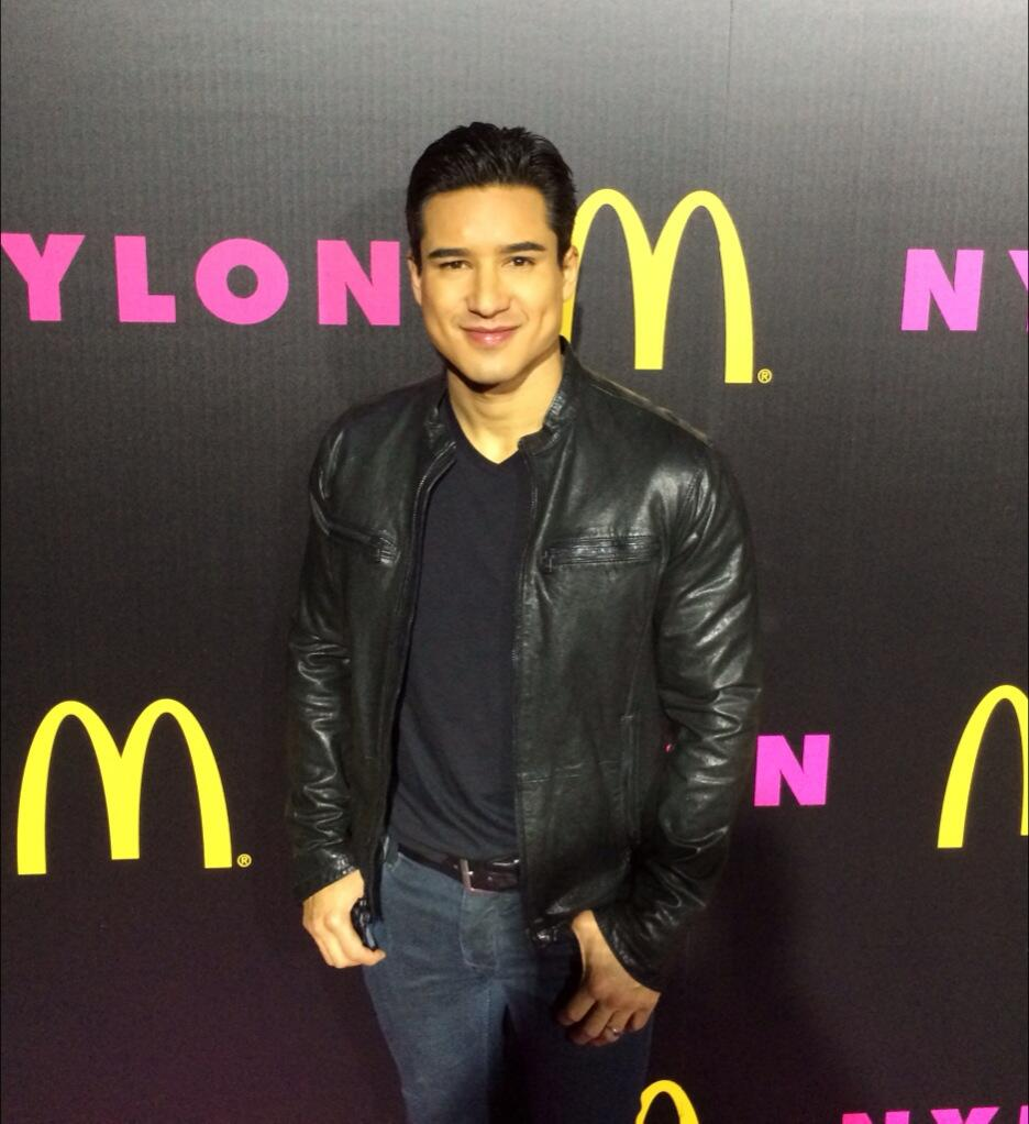 Fun times @NylonMag & @McDonalds party tonight! Celebrating the #XboxOne & holiday spirit w/ @ddlovato http://t.co/mrnFBFnotm