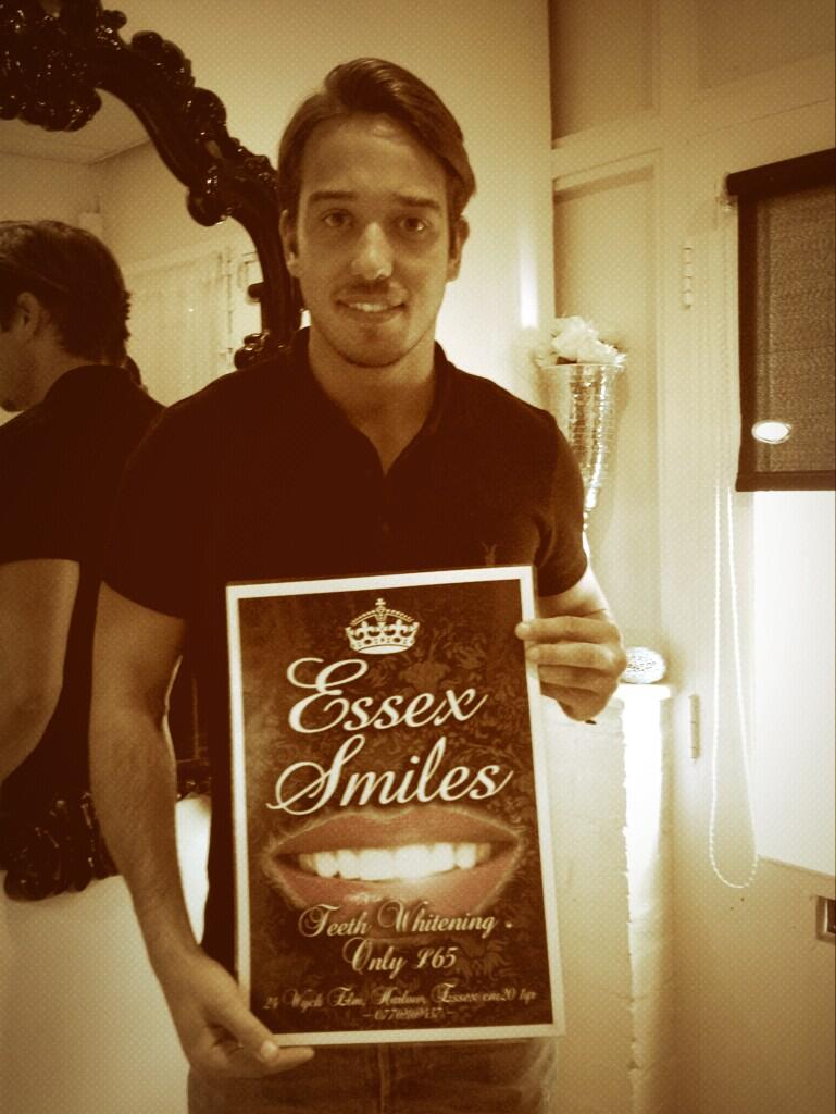 RT @Essexsmiles: Happy birthday to @JamesLockie86 from Essex smiles http://t.co/8DmS4WwG7k