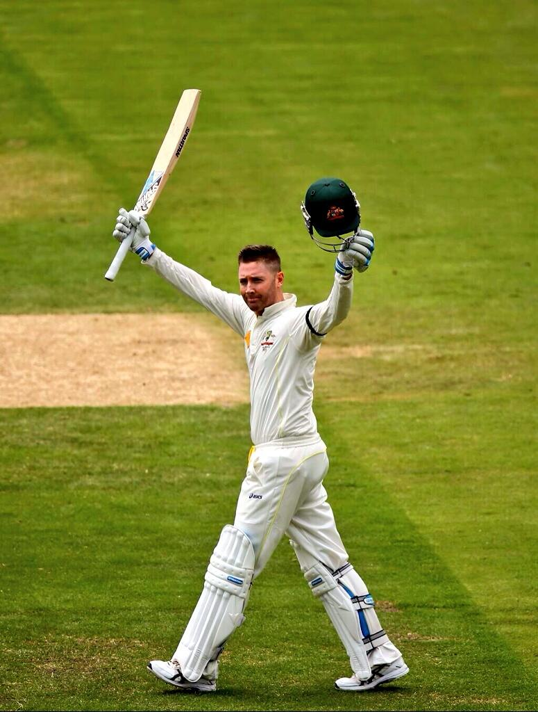 Another early night for me, congrats @MClarke23 on a superb 100 ! Give him a man hug from me please @KylyClarke ! 👍 http://t.co/kE71JrKu9p