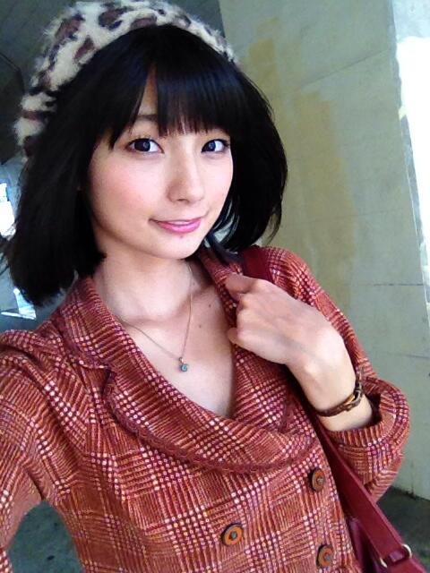 顔の肌がきれいな高野麻里佳さん