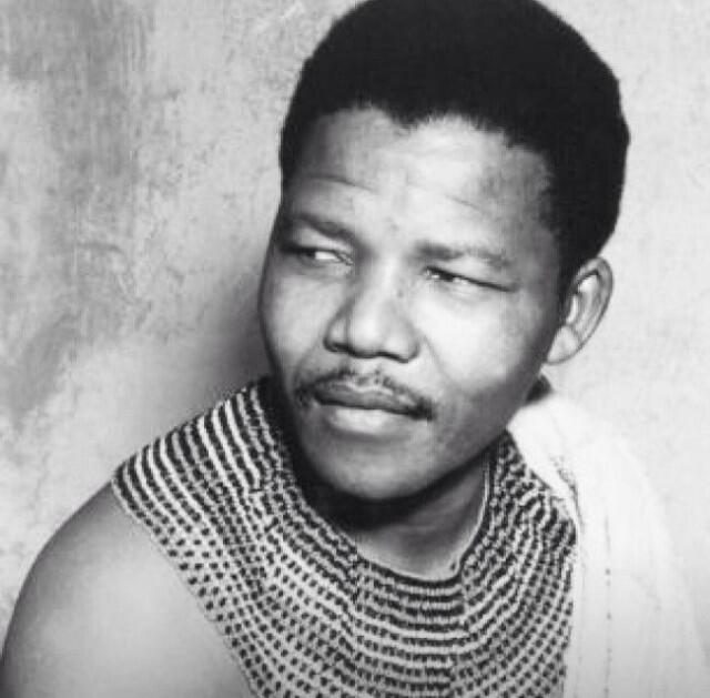 R.I.P Nelson Mandela ! True hero and inspiration leader to all http://t.co/eXIDQWbtBq