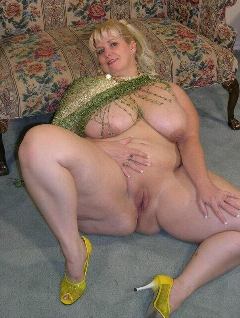 пышные старушки порно фото
