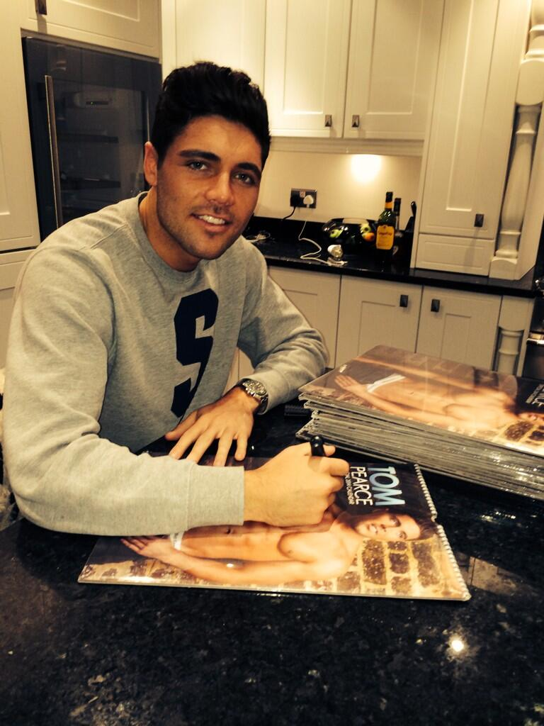 Signing your calendars with your personal messages ... Cheeky what some of you want written 😜 http://t.co/QKMXAudaXH