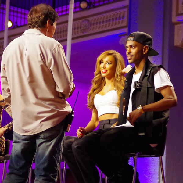 .@NayaRivera & @bigsean were so stoked to be on #StyledToRock. We had some good stuff to show them, too. http://t.co/E5W7ldrmM7