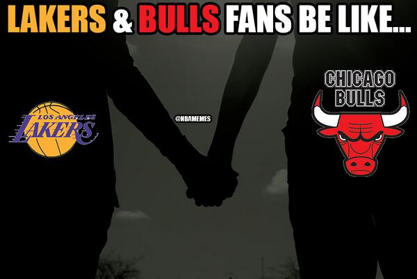 Los Angeles Lakers and Chicago Bulls Fans Be Like...#Kobe #DerrickRose http://t.co/vo4mdlnjxs