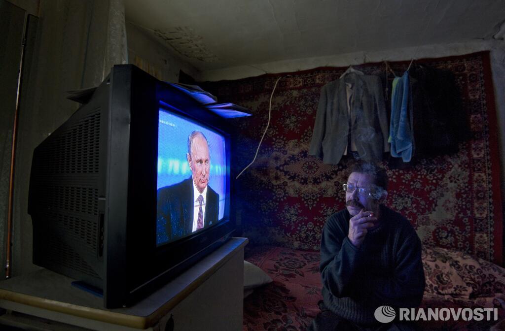 """Путин объяснил нелюбовь украинцев к РФ недостаточной информированностью: """"Никто же ни фига не читает"""" - Цензор.НЕТ 9300"""