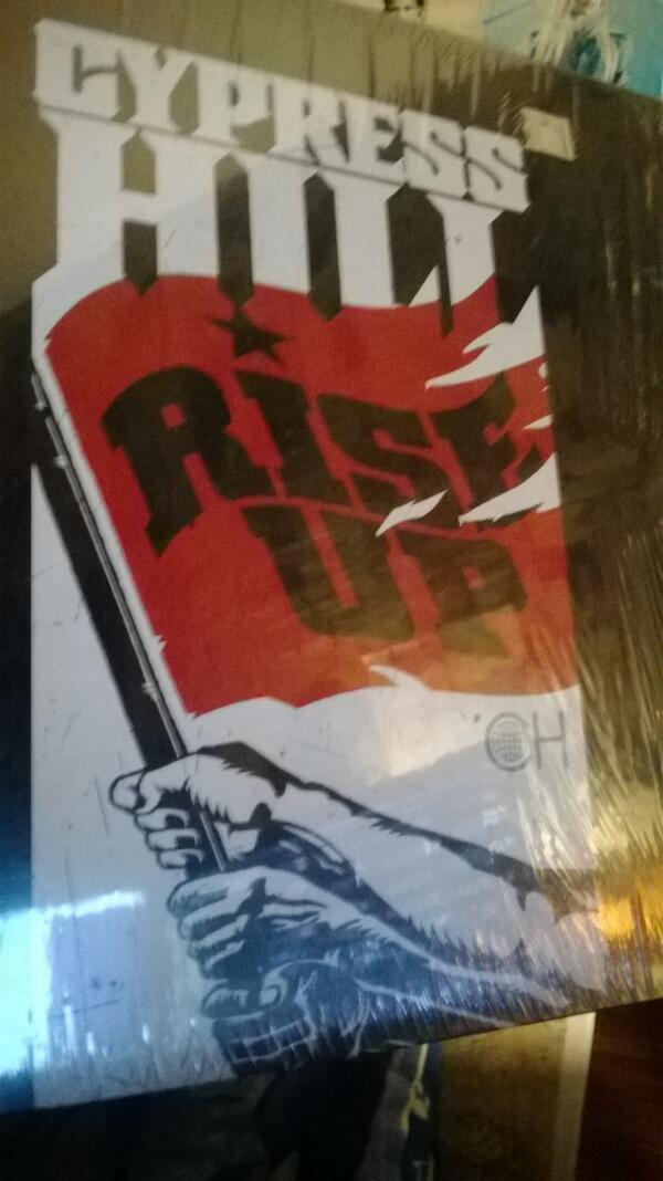 My first Vinyl! (before I had a turntable). Cypress Hill - Rise up - Thank you Radu :) pic.twitter.com/gNfhRMix0N