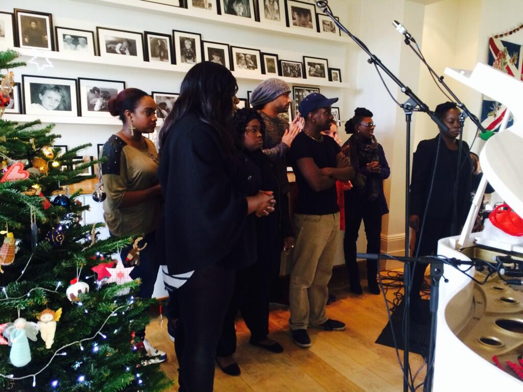 Oh my days there is a gospel choir in my front room. Not even joking. http://t.co/N1rNfTHg9P