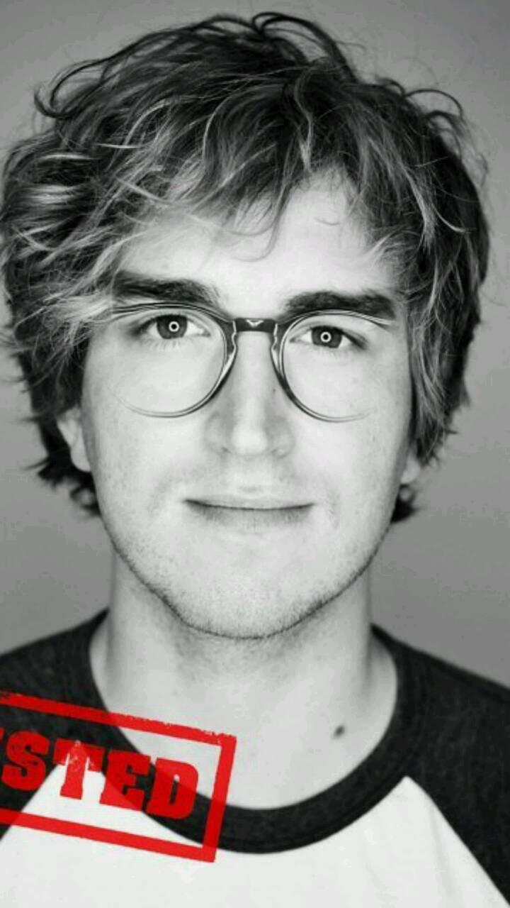 """@Emluvssgmcfly: @JamesBourne @tommcfly http://t.co/9pUq7vMAKV"" postman pat on his day off??"