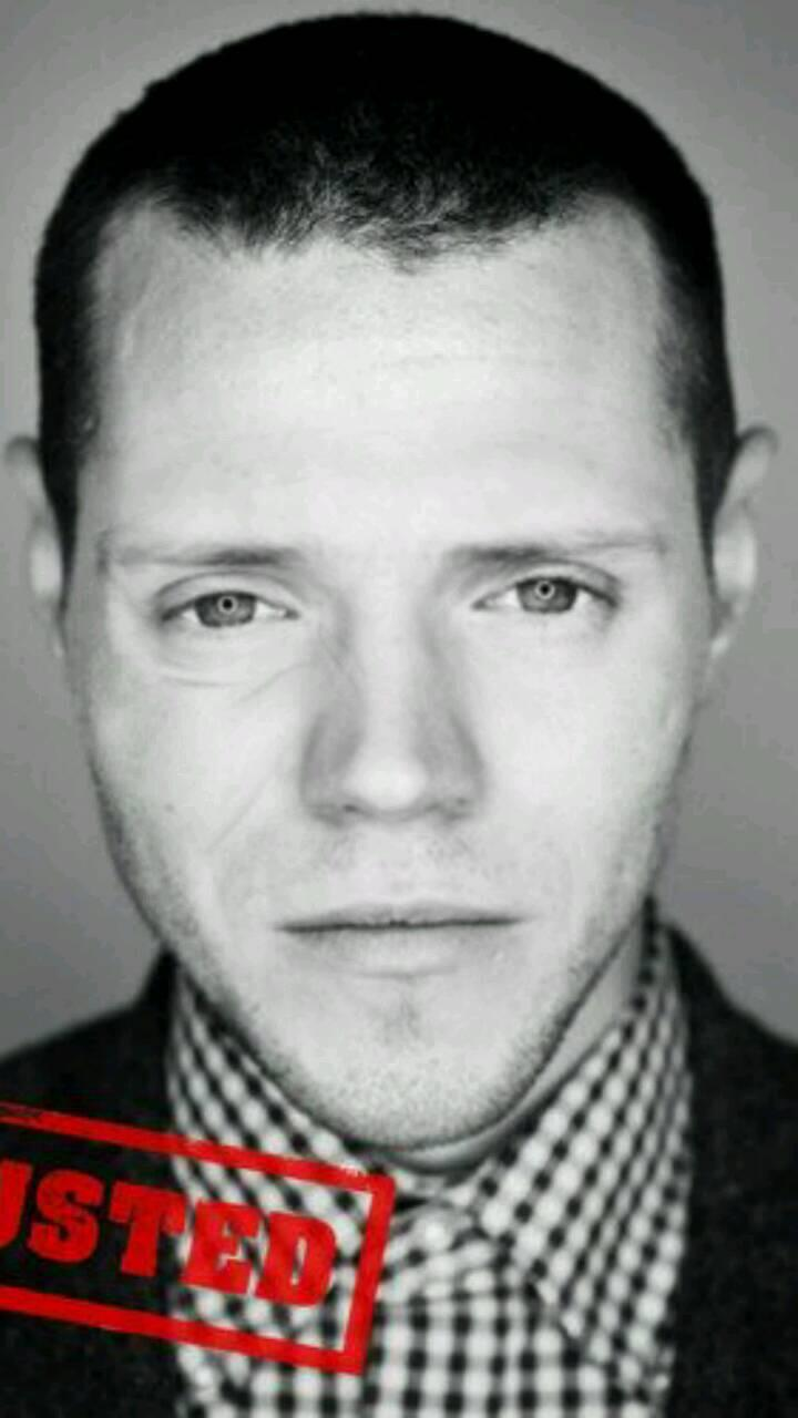 """@Emluvssgmcfly: Dougie Willis @mattjwillis @dougiemcfly http://t.co/zkCZeDkeNZ"" this is SO weird!!!"