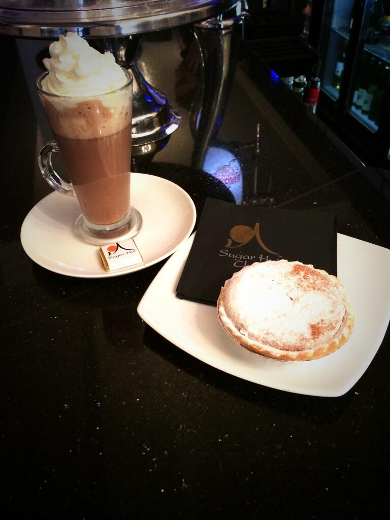 Feeling festive in the @sugarhutcafe today with Hot Chocolate and Mince pies! http://t.co/YGPeY3uBCF