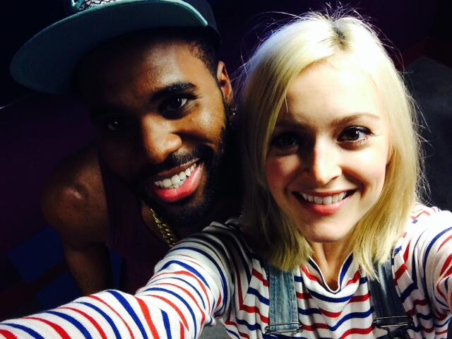 RT @BBCR1: Good morning peeps! We've got @jasonderulo in the #R1LiveLounge just after midday today! http://t.co/eq1AAE1Ghe