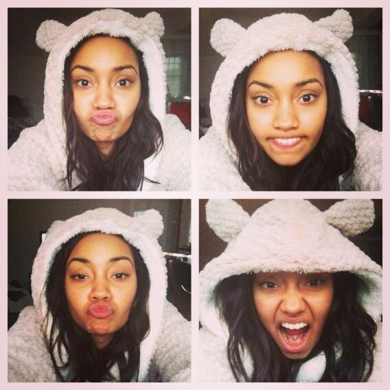 This is what I do on my days off.. Mehhhh lol #ImALoser leigh x http://t.co/Gyqyf9jei8