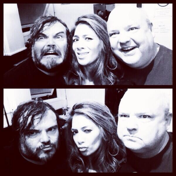 Ahhhh yea, quite possibly the newest member of @RealTenaciousD ?! #LI-VING! http://t.co/M12QXorWJh