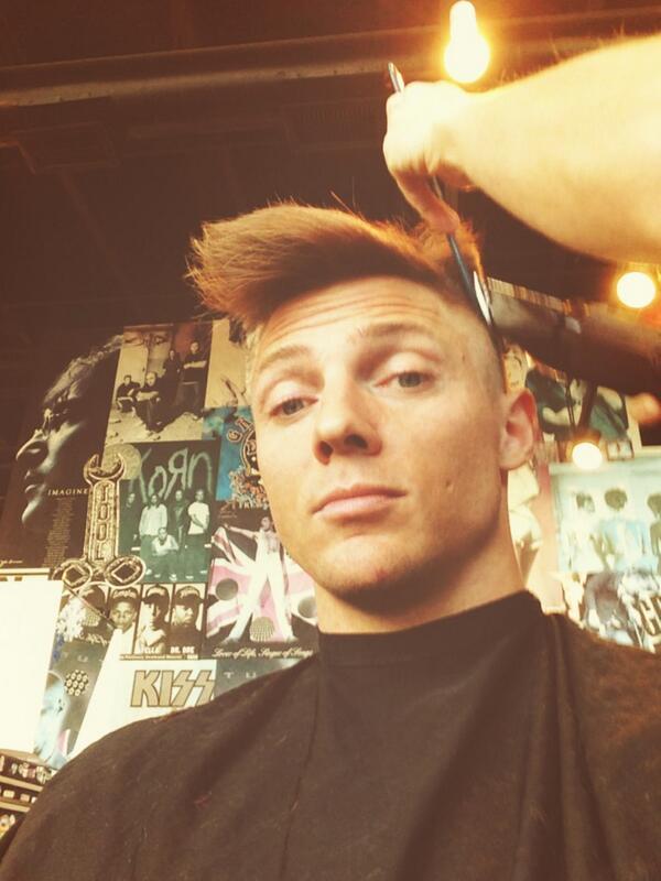 Steve harvey haircut