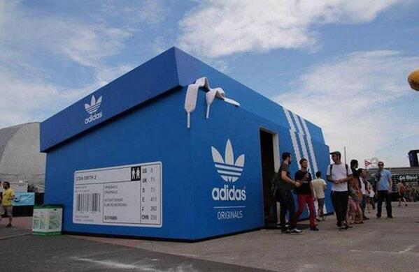 """@gabymenta: Alto Ejemplo de #StreetMarketing de Adidas.  http://t.co/fT2Dr2g8M5"""" #SocialMedia // excelente! cc @matiasmartin"