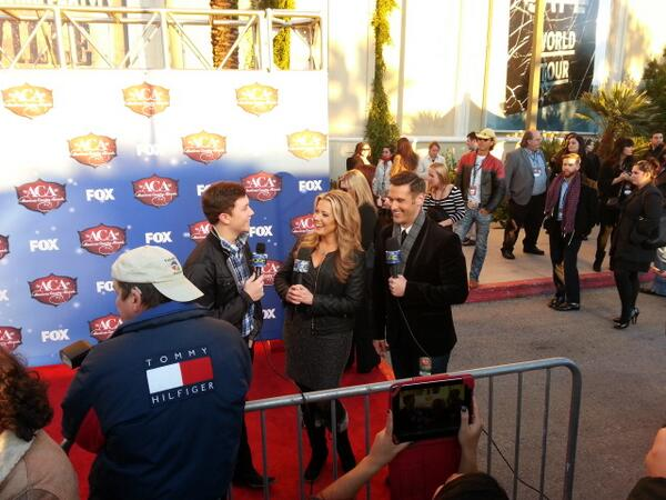 @RACHELFOX5 @FOX5Vegas on the red carpet at the #ACAs at @MandalayBay  in #vegas loving the bedazzled mic! http://t.co/EOVbJBZ6dY