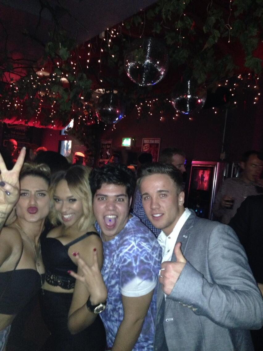 RT @NatShean: @OfficialTamera @samcallahan94 @katiewaissel24 this was before we started doing Tequila! http://t.co/FvJ7im52Yg
