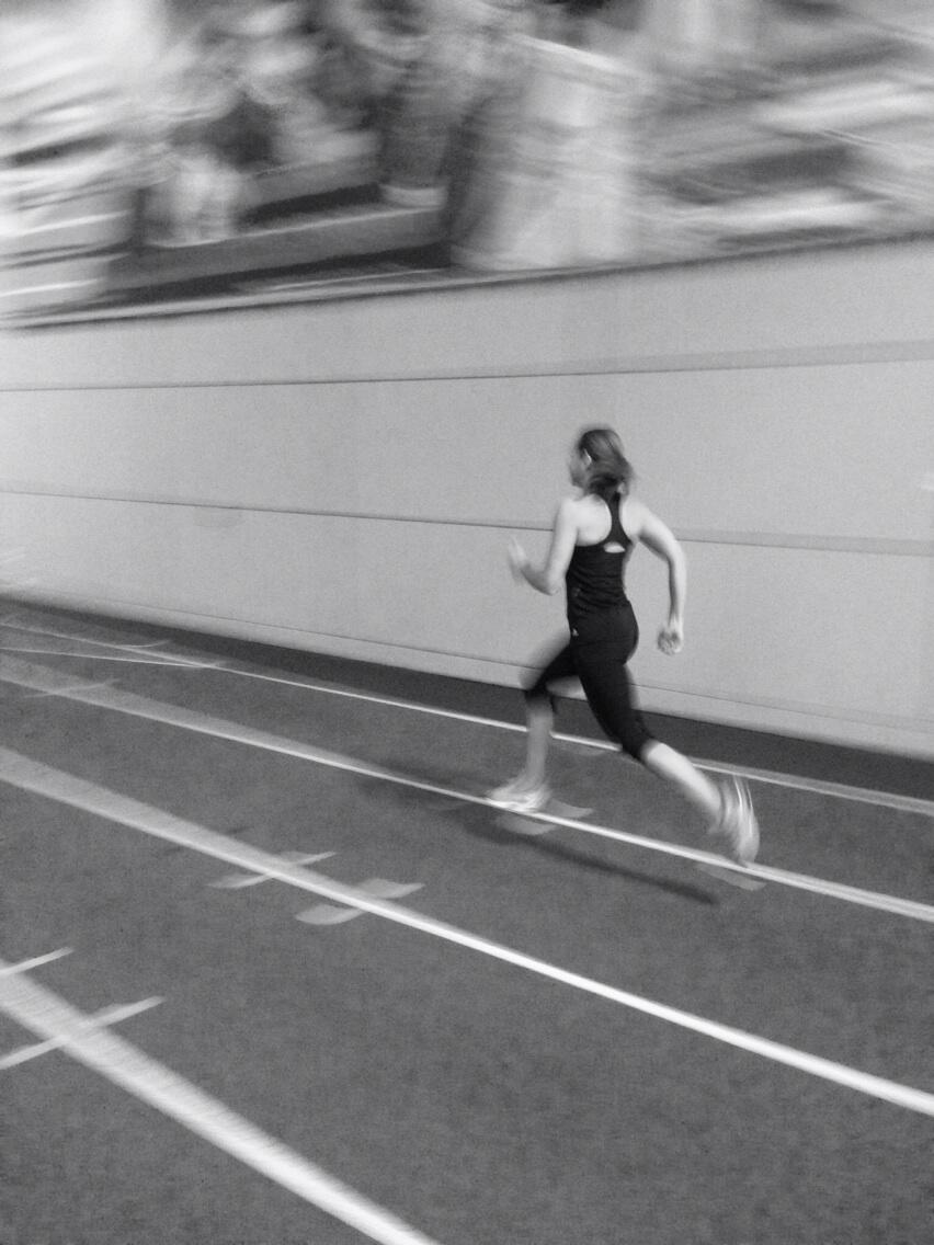 Good running session...tick! And a nice artistic photo by @Coach_Toni http://t.co/GBz0sUdH0i