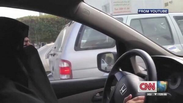 2 Saudi women detained for driving.  Please RT if you support these women.  http://t.co/1DFbf2DU0i http://t.co/DMo5lrEHik