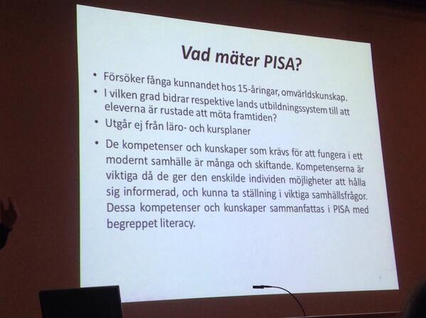 #PISA2012 utgår inte ifrån läro- och kursplaner. Mäter kompetenser & kunskaper som krävs för att fungera i samhället http://t.co/NNiRYUIXQN