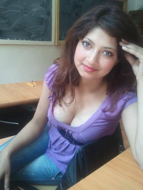 Cute nude pakistani babes