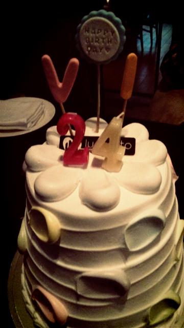 승리야 생일축 http://t.co/8EQeBsj6pf