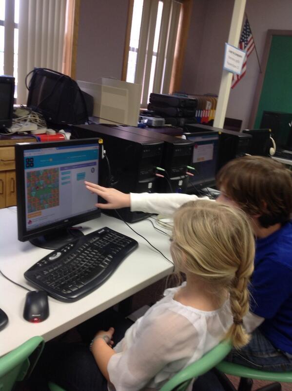 Kids teaching coding to each other @hourofcode @grandisleschool #hourofcode #vted_technology #hourofcode http://t.co/75rQ0QpLQa