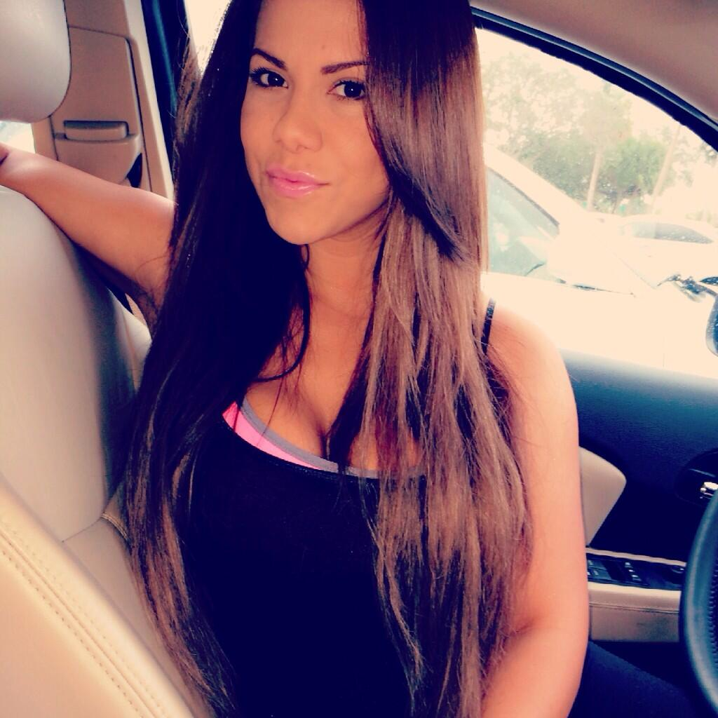 Ayisha Diaz Hot Nude Photos 32