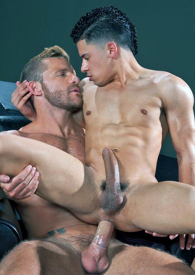 голые парни занимаются фото