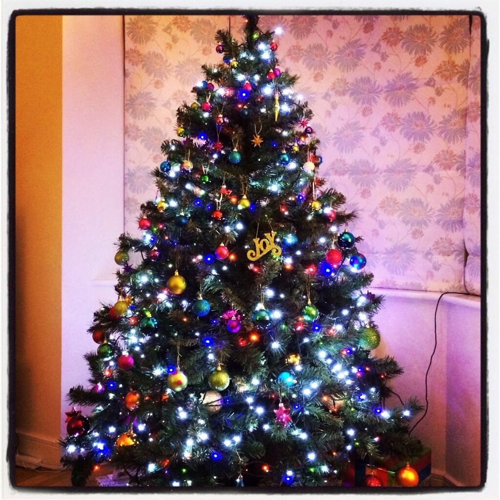 RT @KateWillett1: @kirstiemallsopp My best year yet! I love a good tree :) http://t.co/9uISvaKumc
