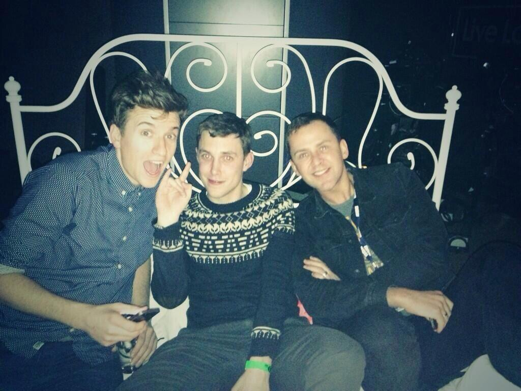 Ok. Here's the situation. Me, @scott_mills and @Chris_Stark about to DJ live on R1 now. #gin http://t.co/13by8lqjoT