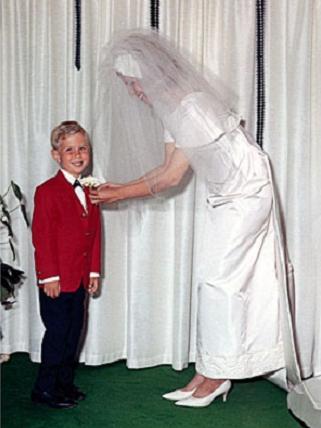 """sara galindo on twitter: """"michael kors diseñó el vestido para la"""