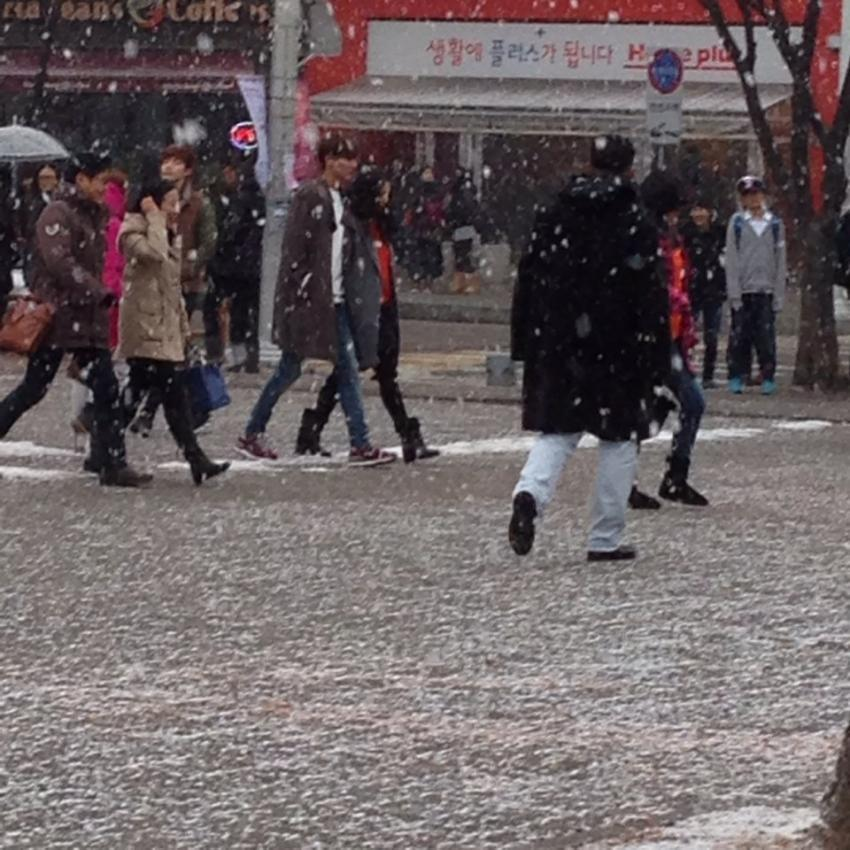 December 13, The Heirs Finale Filming: Lee Min Ho and Park Shin Hye on