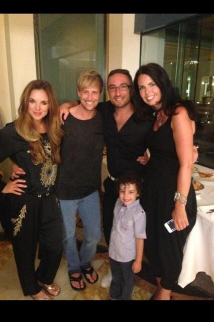Lovely photo of me and @JodiAlbert with @vincentsimone and family http://t.co/XRoABFcZYf""