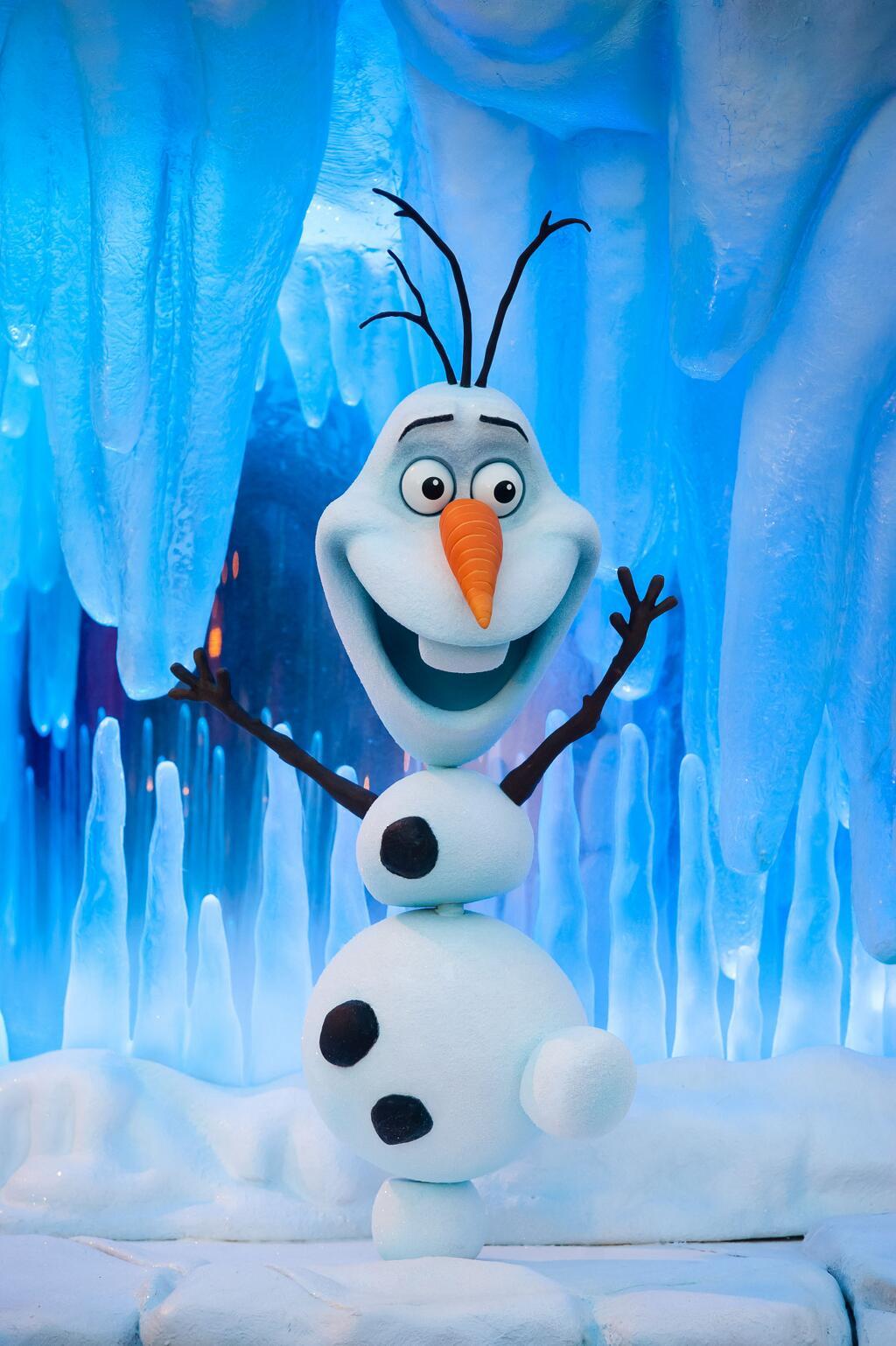 disneyland paris on twitter je mappelle olaf et jadore les clins olaf la reine des neiges httptcocfufozkrec